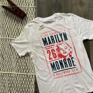 MARILYN MONROE POSTER GRAPHIC TEE